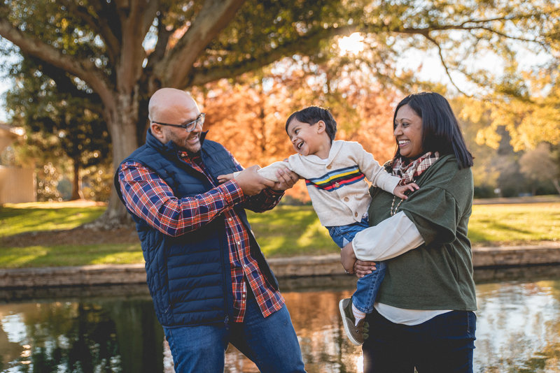 Fort-Mill-Charlotte-Family-Photographer-Fall-Holiday-Christmas-Photos-Freedom-Park-Photography