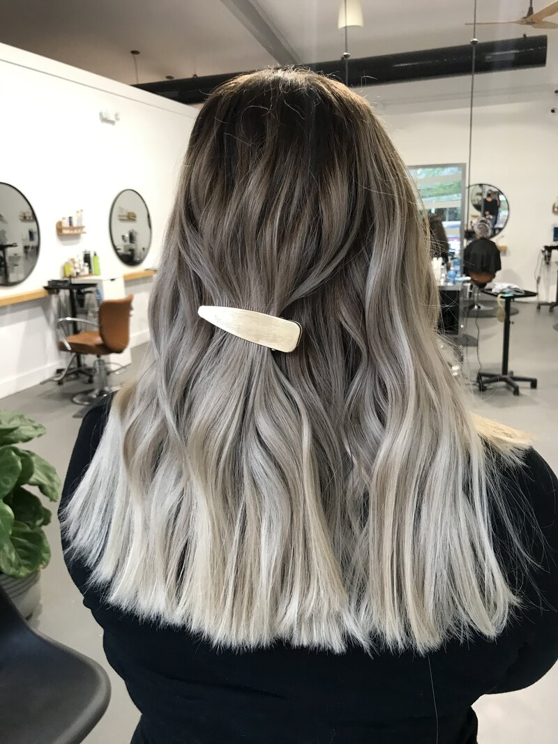 icy blonde tips