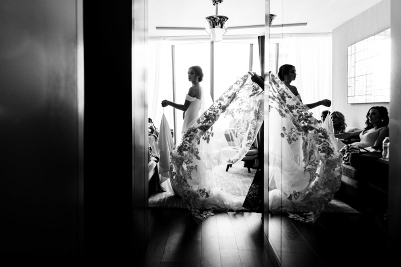 Bride-Prep-Viceroy-Hotel-Chicago-Wedding