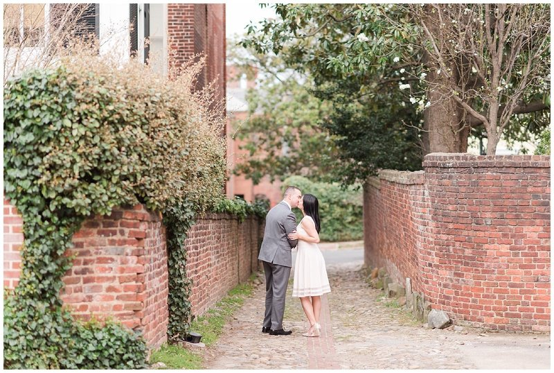old-town-alexandria-alley-engagement-photographer-photo