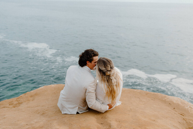 sunset cliffs san diego bohemian beach elopement minimony-149