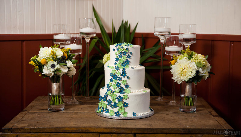 Chautauqua-Dining-Hall-in-Boulder-Colorado-Cake-Photo