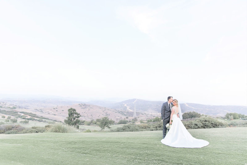 Catherine+Tim-BellaCollinaGolfCourse-SanClementeCalifornia-weddingparty-brideandgroomcouplesportraits-0242
