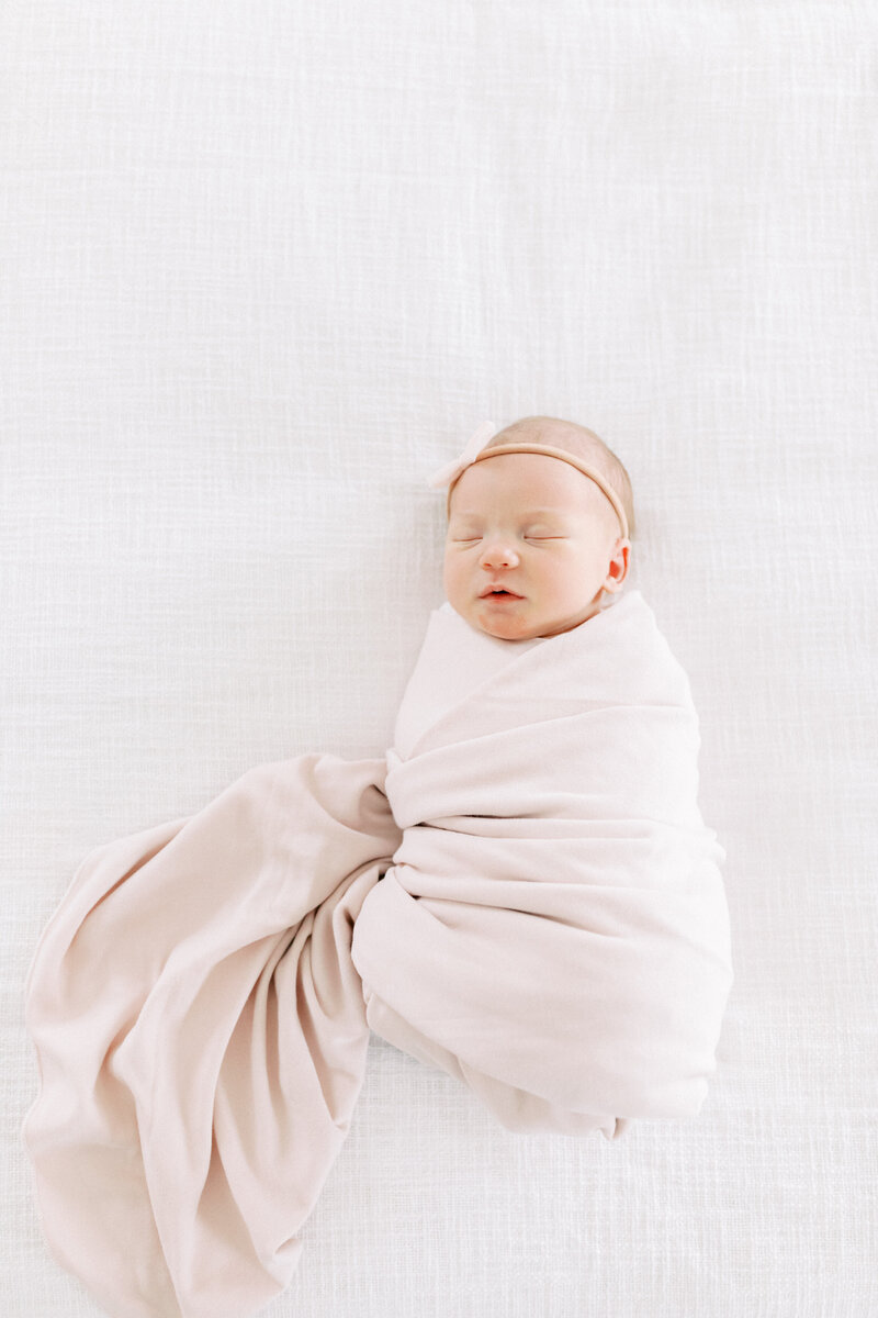 Best Waukesha Newborn Photographers