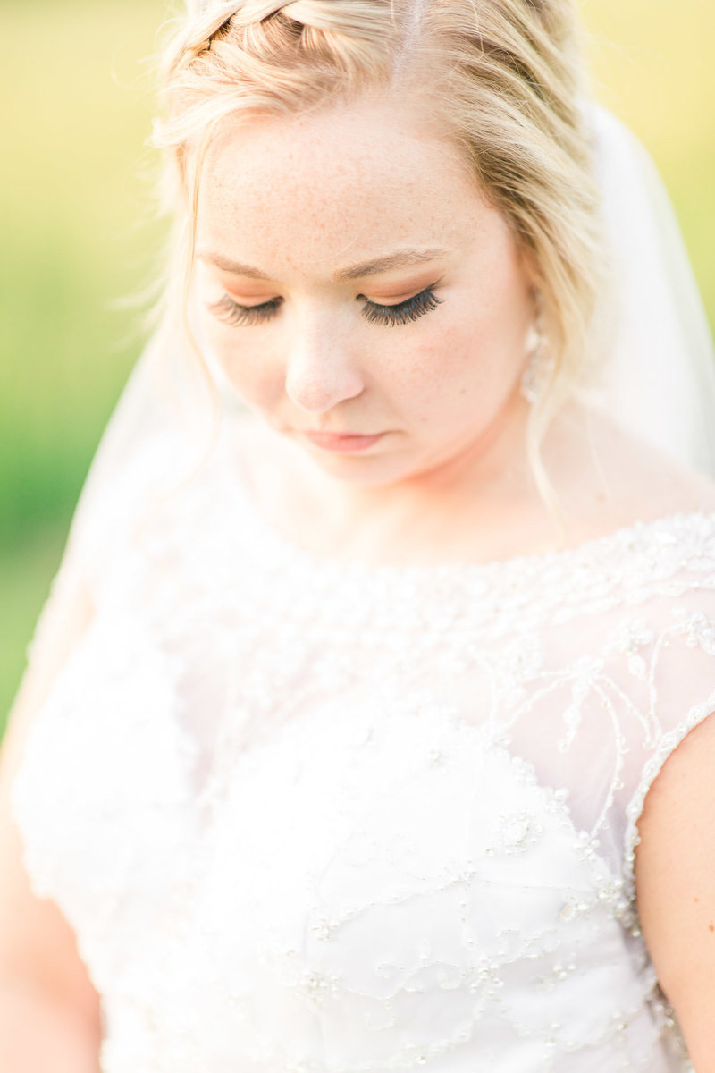 Classic-spring-St- Francis-church-tornto-ohio-wedding-25