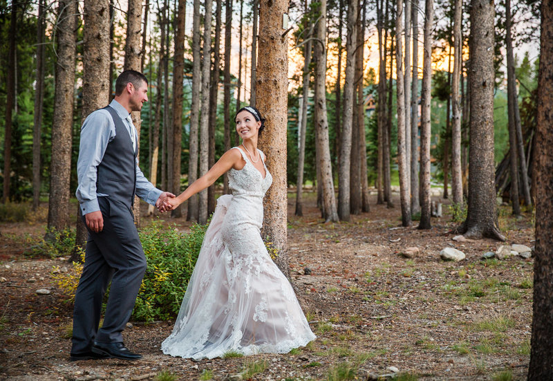 Woodsy-Colorado-Wedding-at-Blue-Sky-Breckenridge