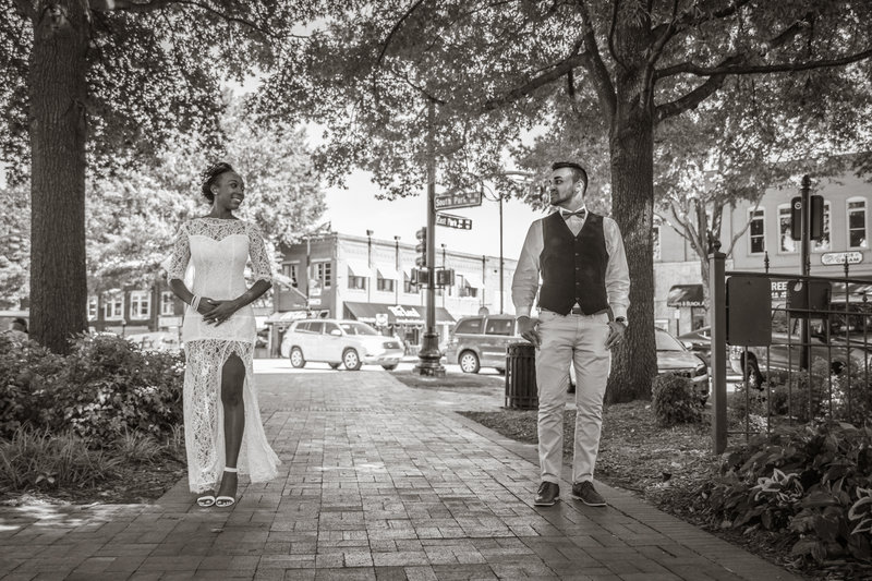 Marietta-Square-Wedding-Pictures-in-GA_12