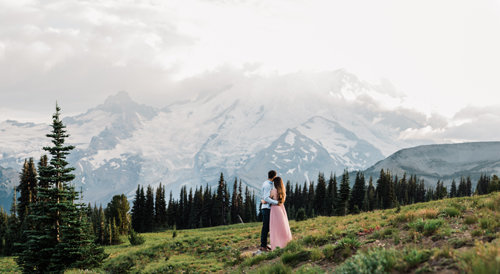 seattle-adventure-photographer-amy-galbraith-engagement-photos-mt-rainier