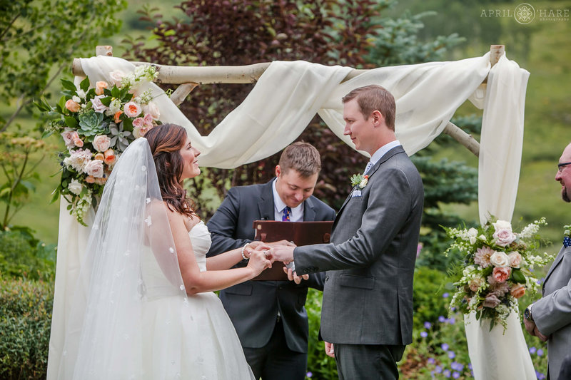 Outdoor Wedding in Crested Buute at Mountain Wedding Garden