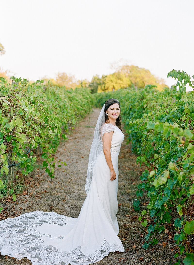 stephanie-aaron-wedding-vineyards-at-chappell-lodge-100