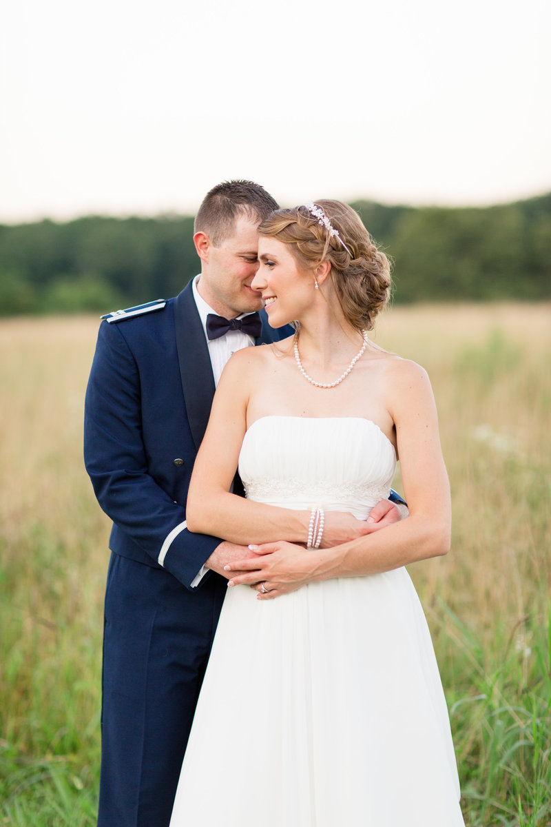 Oak Creek Farm Unionsville, VA wedding by Marie Hamilton Photography