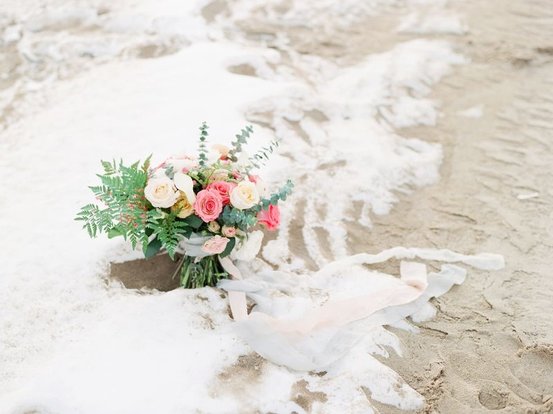 Frozen-Lake-Michigan-wedding-inspiration-Kelly-Sweet-5