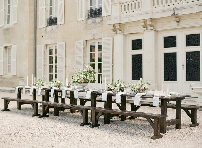 French-chateau-outdoor-tablescape-Stephanie-Brauer