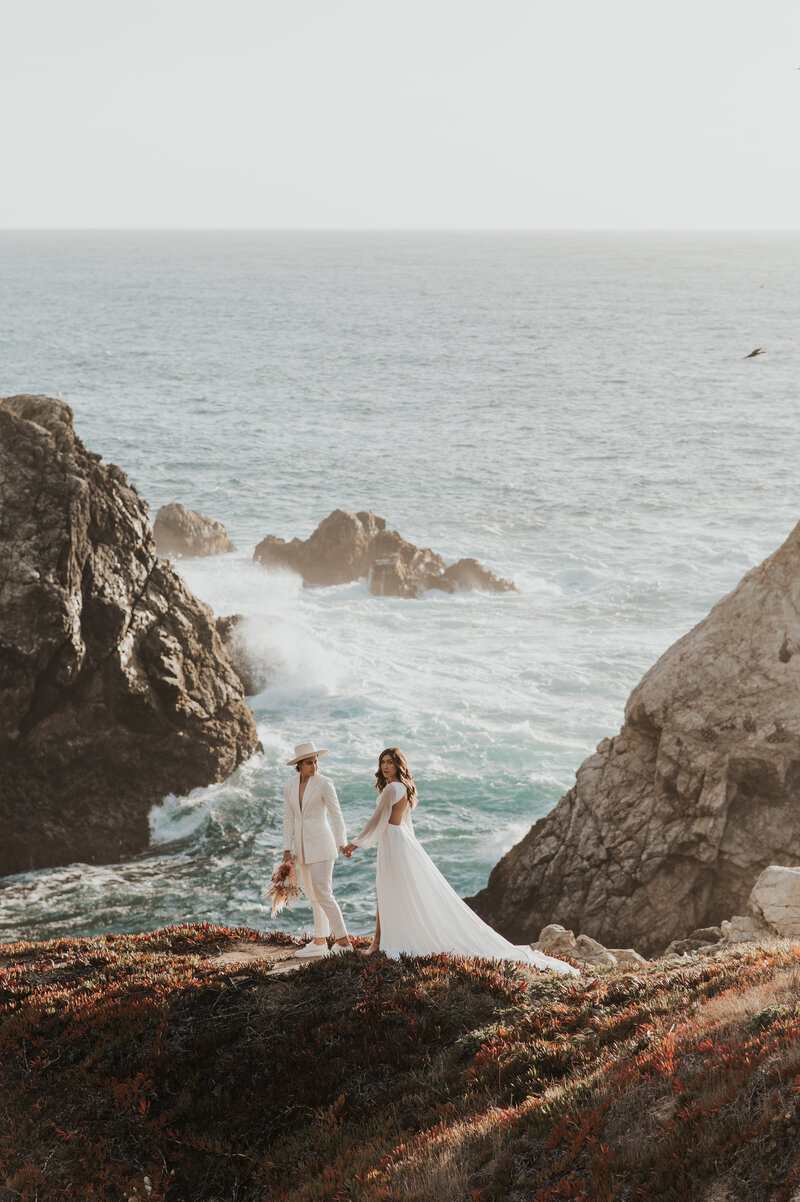 big-sur-elopement-california-by-bruna-kitchen-photography-15