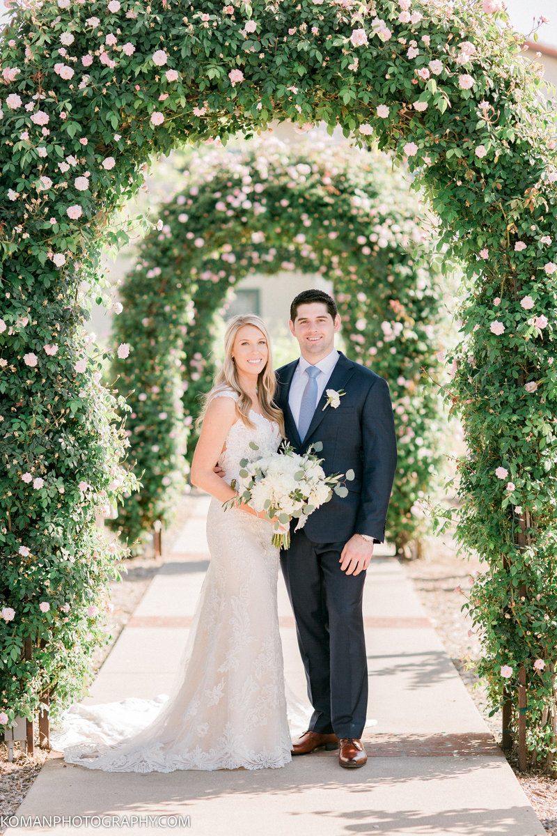 FeaturedWedding-LaurenDirk-Temecula-KomanPhotography-03