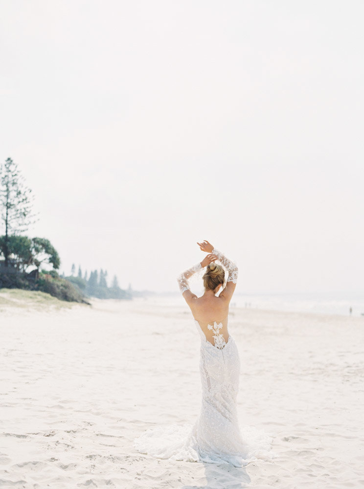 Byron Bay Wedding Photographer Sheri McMahon - Oh Flora Workshop on Fine Art Film - Romantic Spring Wedding Ideas -00034