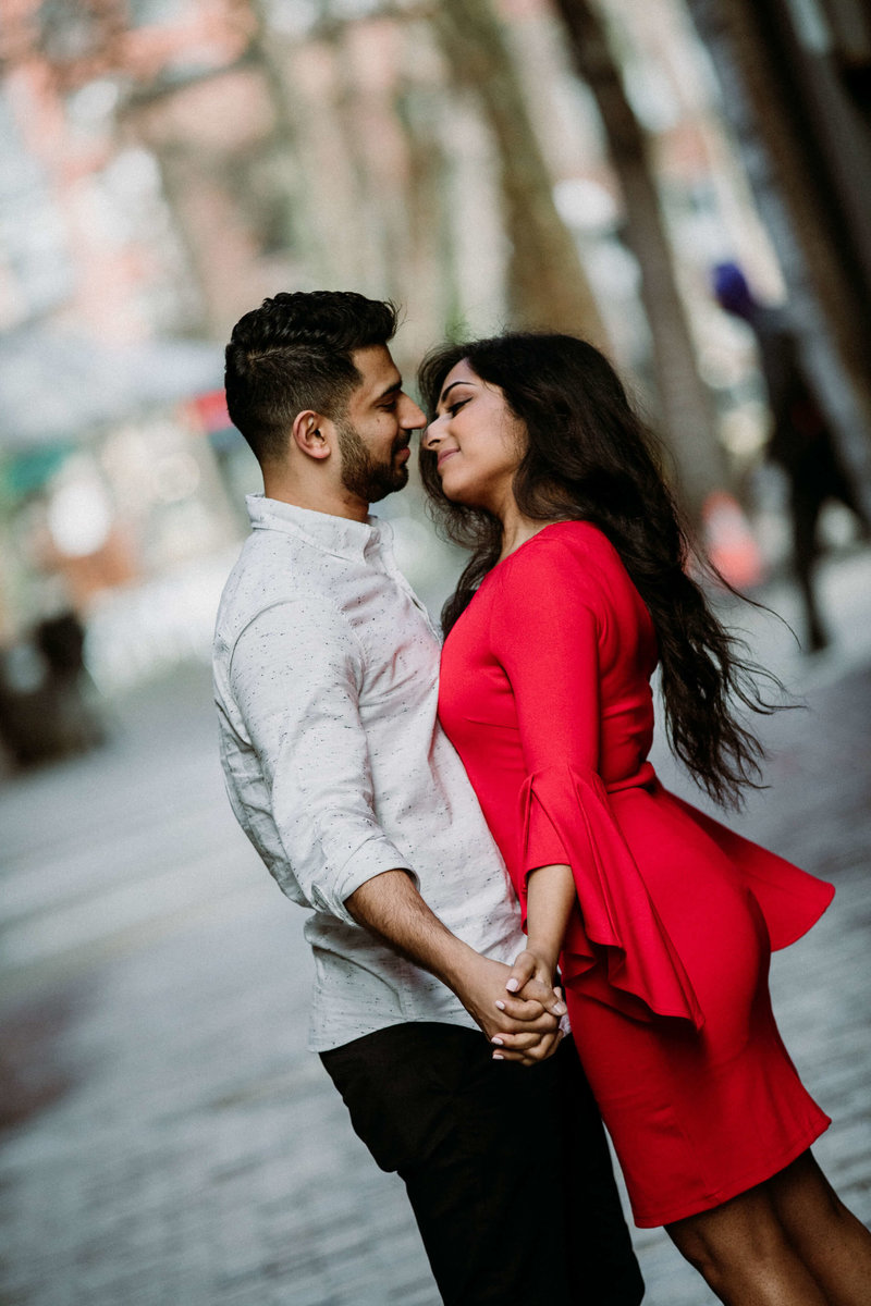 Ruby+Ash_Pioneer_Square_Engagement_Seattle_engagement_photographer_APW_78