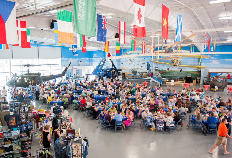 Fargo Air Museum Wedding Venue Kris Kandel Photographers (10)