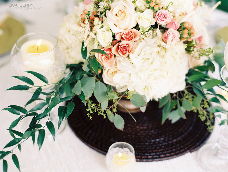 michigan-florist-floral-design-wedding-design-bouquet-bridal-quicksand-blush-greenery-styled-all-grand-events-floral