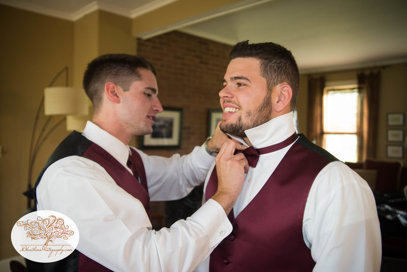 Belhurst Castle Pictures Geneva NY Syracuse Wedding Photographer-12
