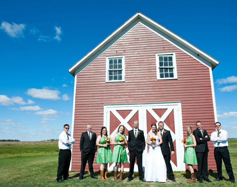 Bagg Bonanza Farm Wahpeton ND Wedding Venue kriskandel photos (5)