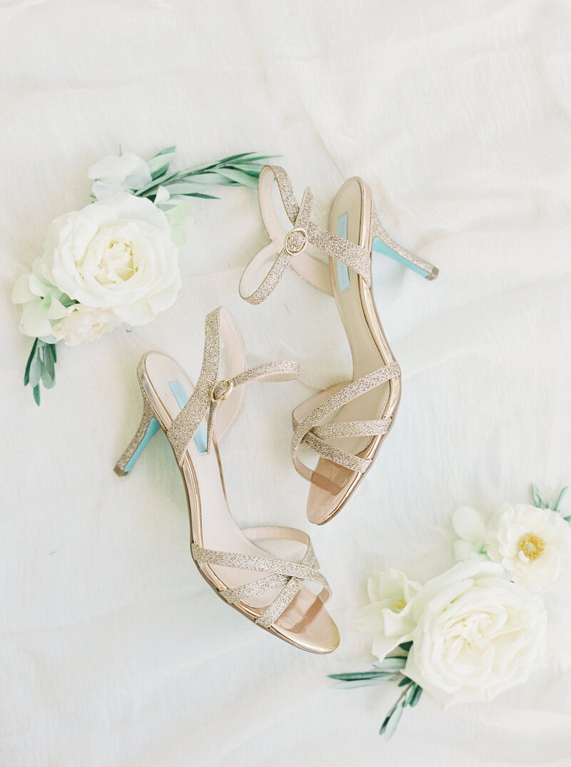 Brianna Chacon + Michael Small Wedding_The Ivory Oak_Madeline Trent Photography_0011