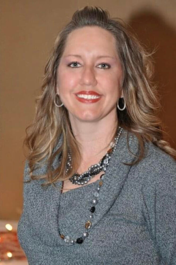 Headshot of the executive assistant, Tonya Brown