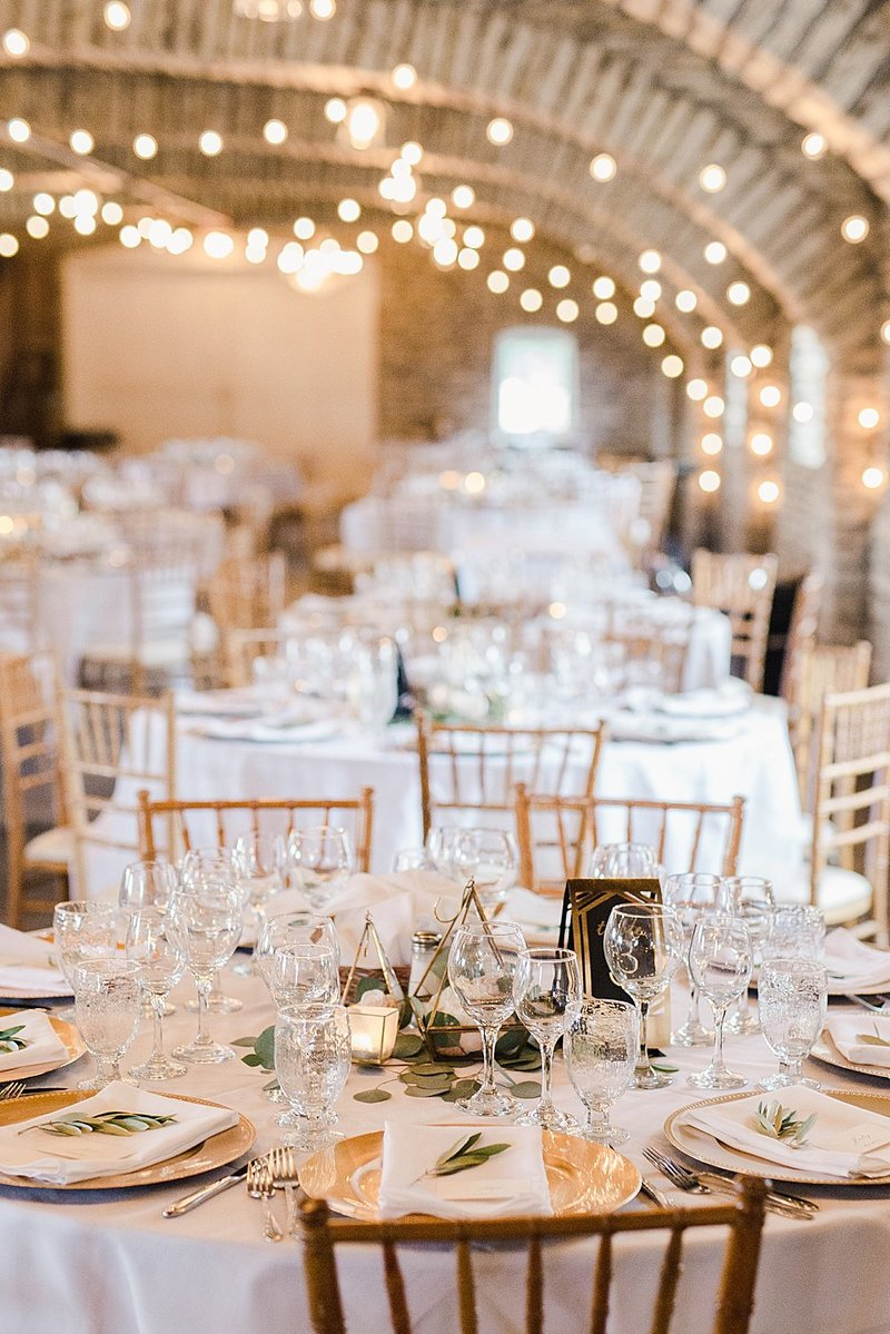 Laura-Dustin-Wedding-Mayowood-Stone-Barn-607