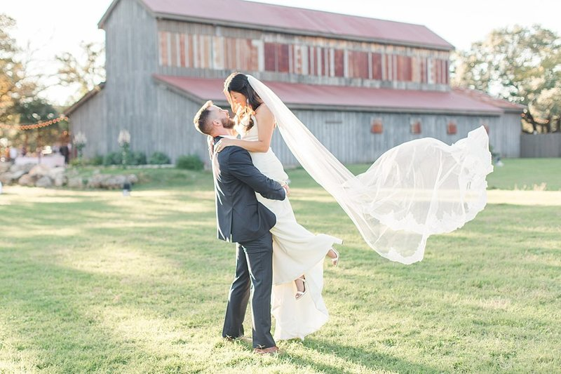 Eagle Dancer Ranch in Boerne Texas Wedding Venue photos by Allison Jeffers Photography_0069