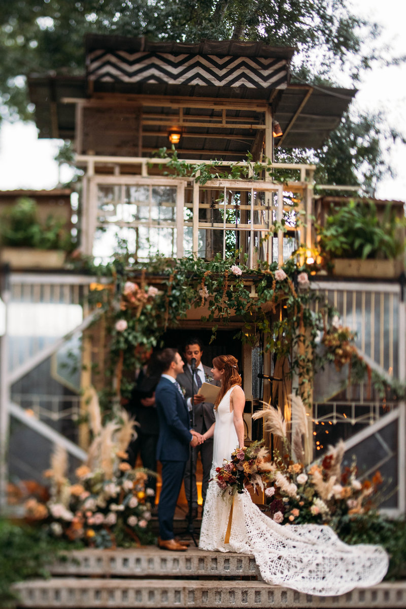 Laini + Dave-Mazant-Music-Box-Village-New-Orleans-Wedding_Gabby Chapin_Print_0292