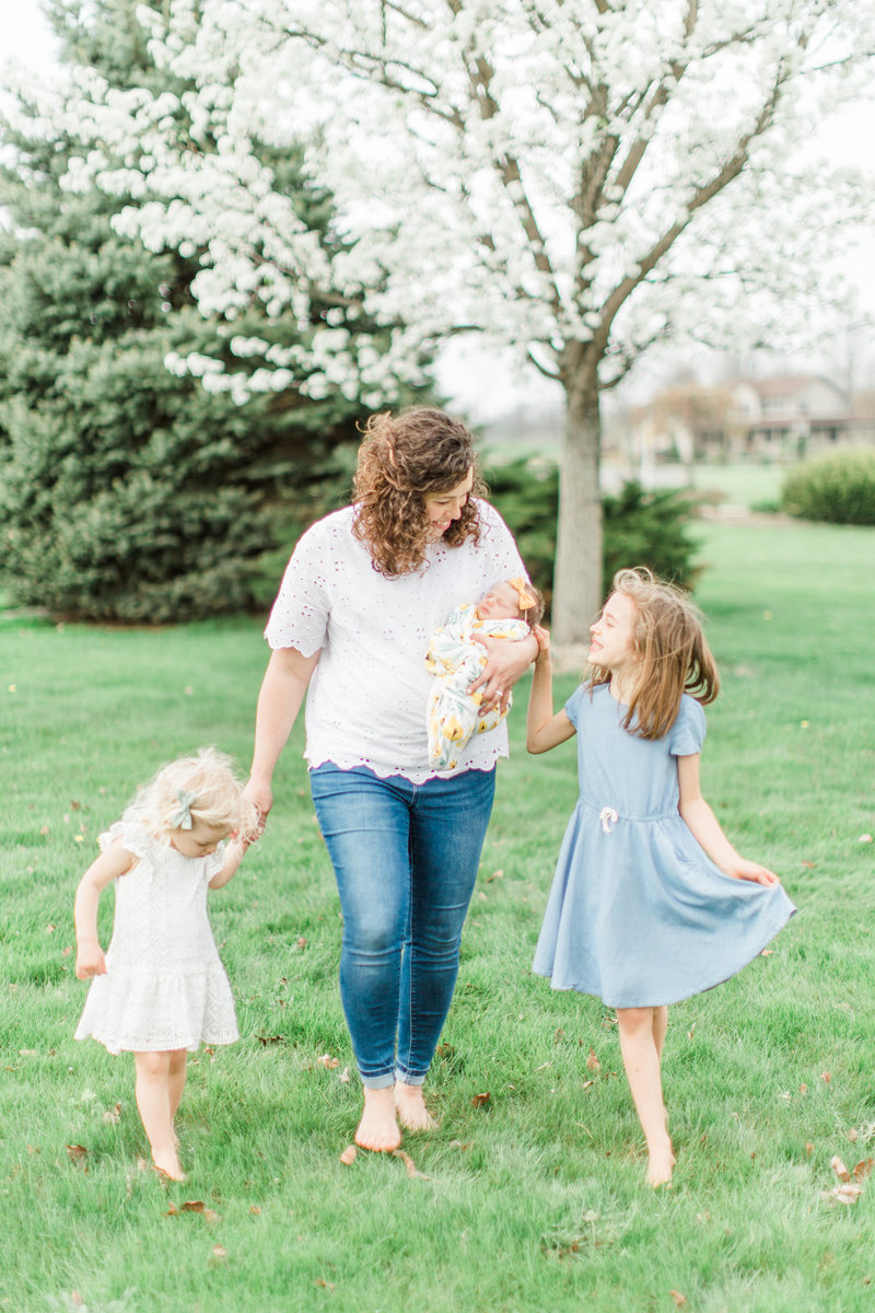 Spring Flowers and Family Session Girls