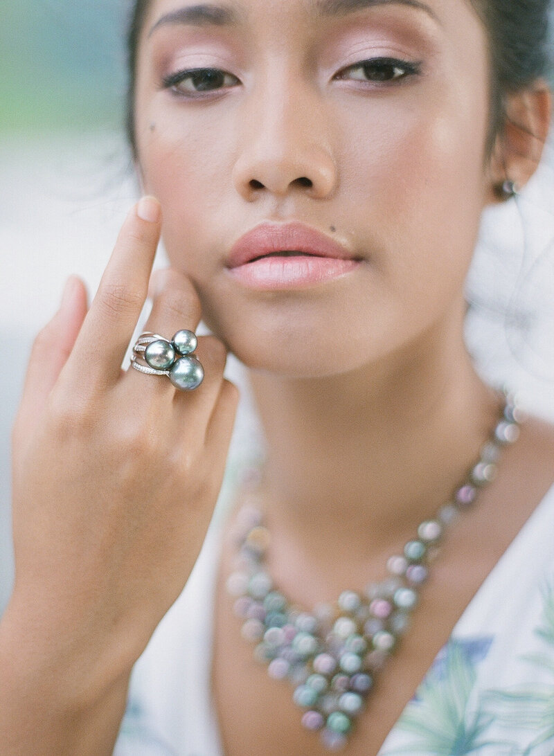 Featuring the tahitian pearl rings on the woman