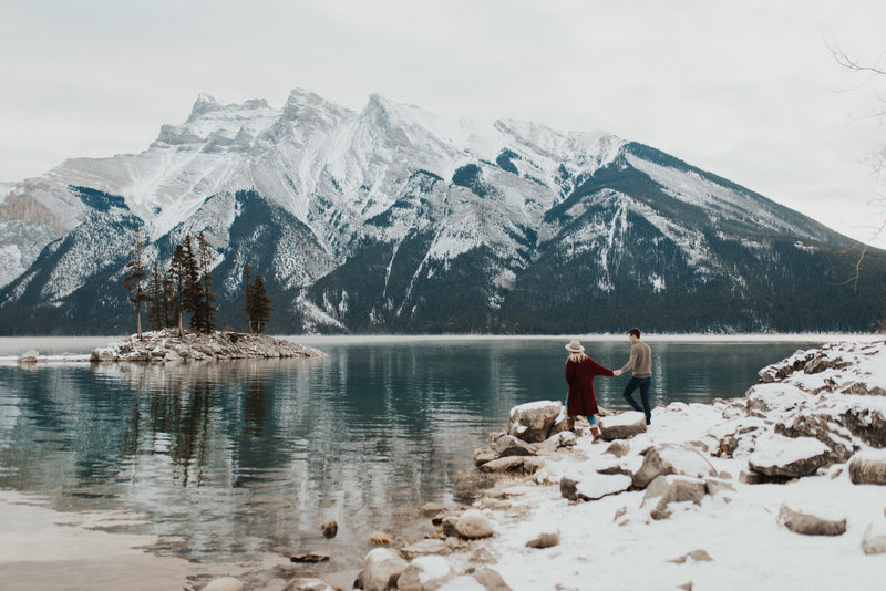 mountain couples session in Banff National Park, Alberta
