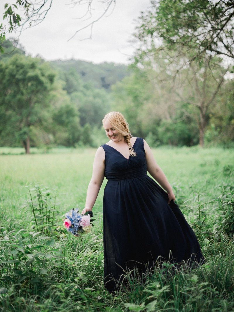 south virginia wedding photographer _ destination wedding photographer _ mountain wedding _ intimate wedding _ blue wedding dress _ blue wedding down _ something blue (8)