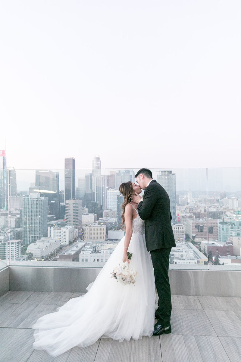 Amy+Gilbert-SouthParkCityCenter-LosAngelesCaliforniawedding-bridegroomportraitsandweddingparty-0234