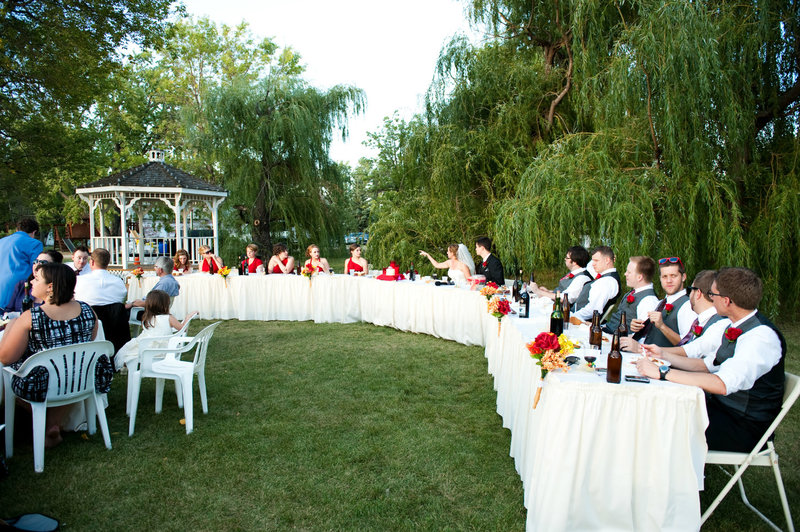 A friends house Moorhead outdoor wedding venue photography by Kriskandel (1)