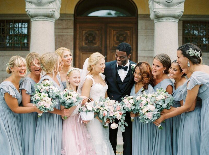 0024_Bride-with-her-bridesmaids-Waldemarsudde