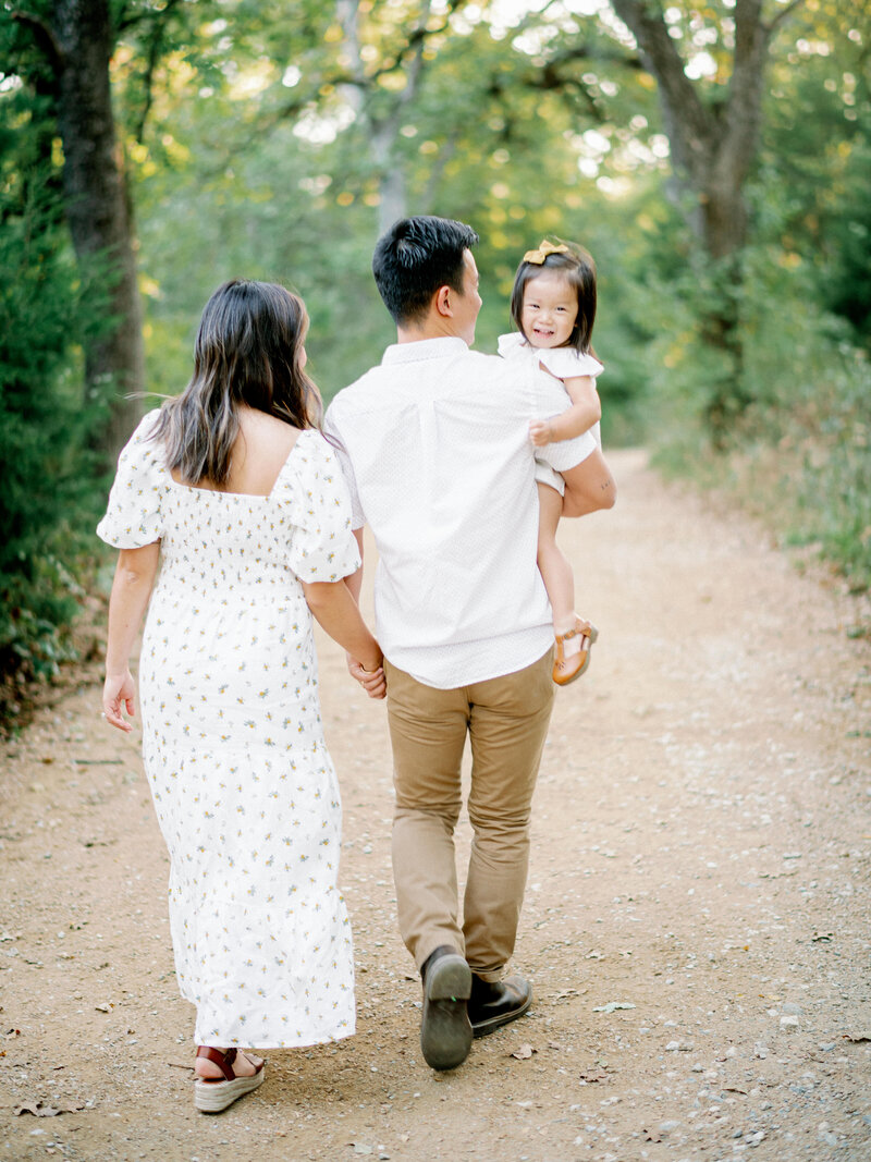DFW-Portraits-Mansfield-Phan-Family-Melanie-Julian-Photography-14
