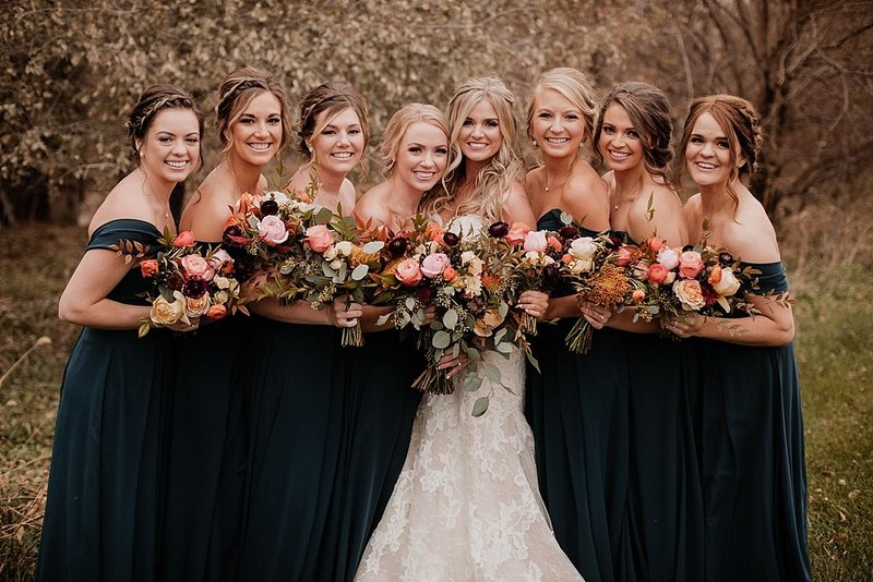 Omaha-Nebraska-Wedding-Planner-Floral-Designer-Lindsay-Elizabeth-Events-Fall-Wedding-At-Omaha-Barn-Omaha-Florist_0030