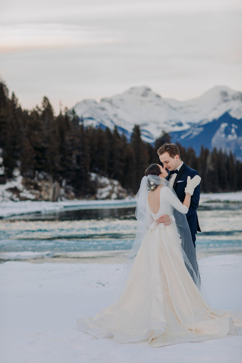 banff wedding photographerbow falls winter wedding
