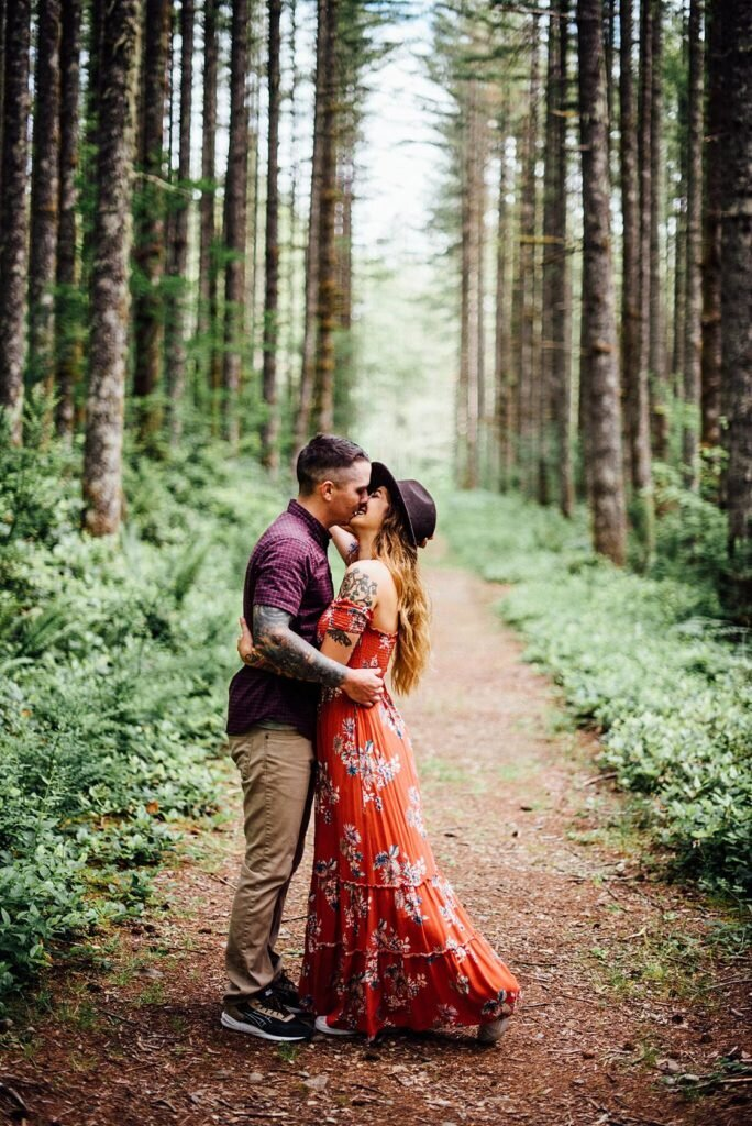 A woodsy Seattle Engagement in Northbend, Washington photographed by local Seattle engagement photographer, Rebecca Anne Photography.