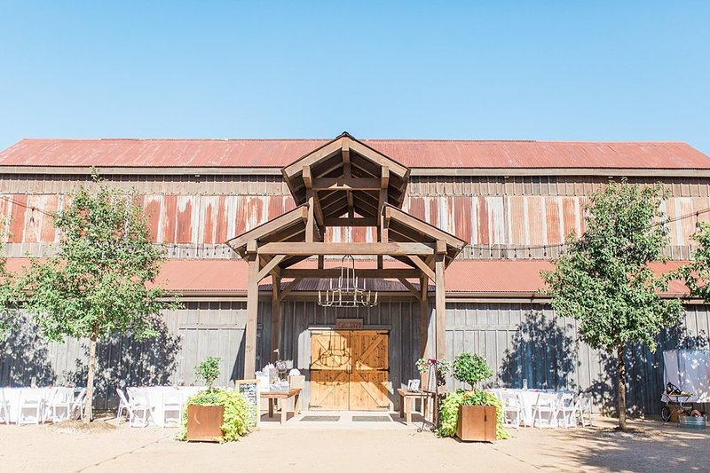Eagle Dancer Ranch in Boerne Texas Wedding Venue photos by Allison Jeffers Photography_0034