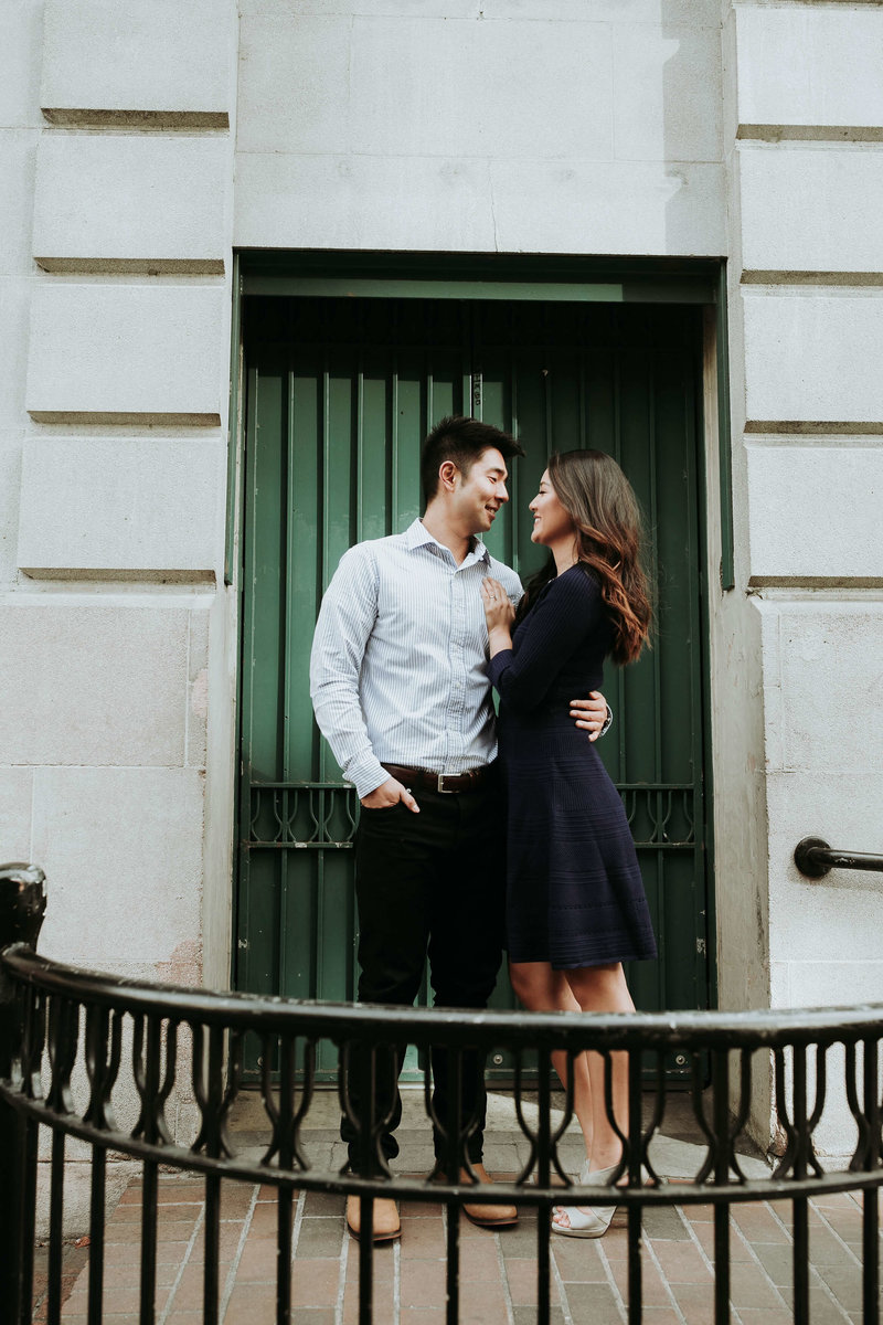 Pioneer_Square_engagement_Photos_Michelle+David_Seattle_by_Adina_Preston_Weddings_17 (1)