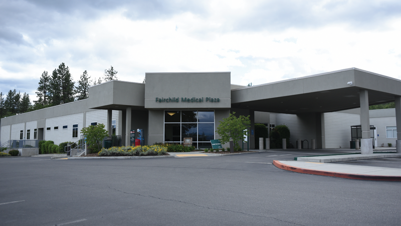 Image of the front of Fairchild Medical Clinic in Yreka. Taken in 2020
