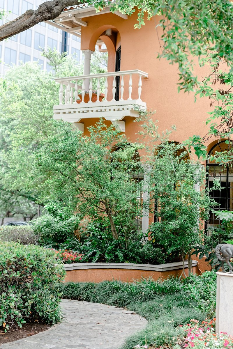 dallas wedding venue Rosewood Mansion at Turtle Creek