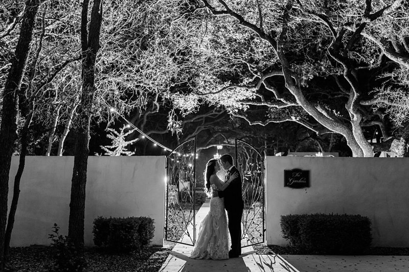 la cantera and the gardens at west green in San Antonio Texas Wedding Venue photos by Allison Jeffers Photography_0077
