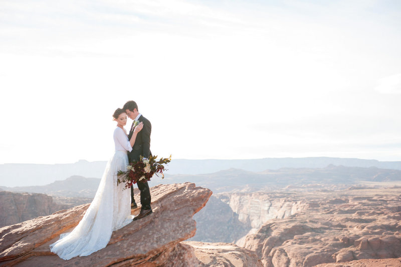 Horseshoe Bend Elopement Photographer for the adventurous couple
