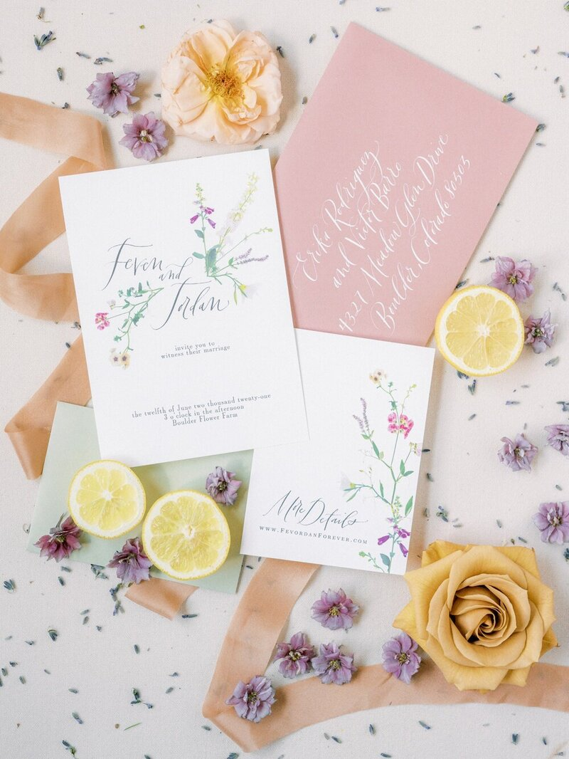 Lush and Romantic Wedding at a Flower Farm_0026