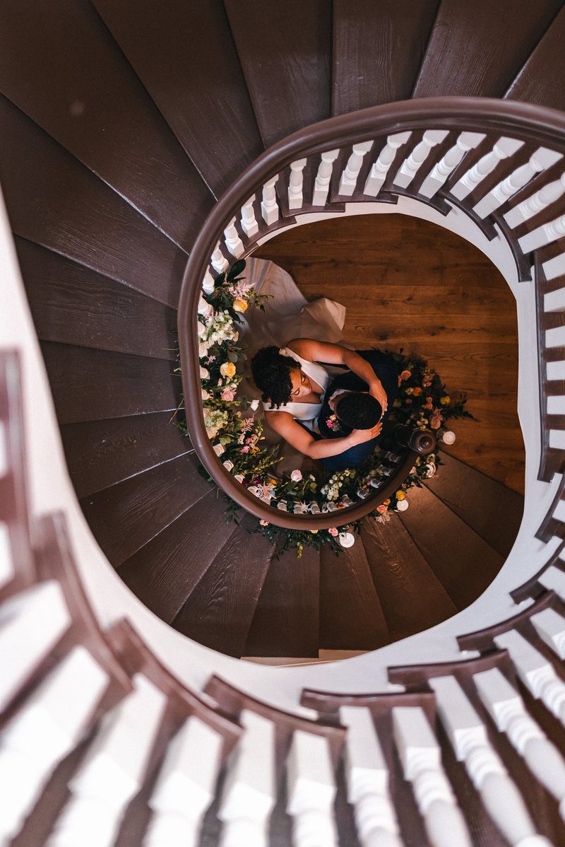 spiral-staircase-best-nyc-new-york-brooklyn-wedding-engagement-photographer-suess-moments-photography (18 of 18)