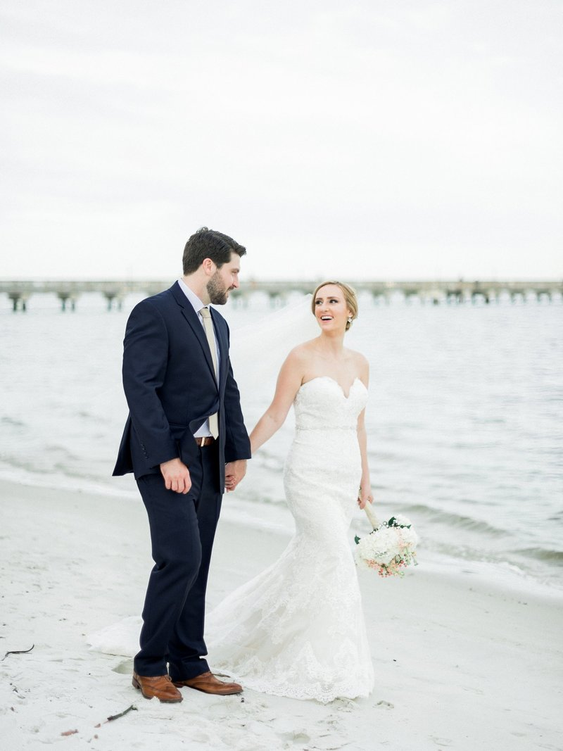 stuart wedding photographer _ indian riverside park _ florida wedding photographer _ Stuart wedding _ Beach wedding _ classy beach wedding _ treasure coast wedding _ jensen beach wedding (16)